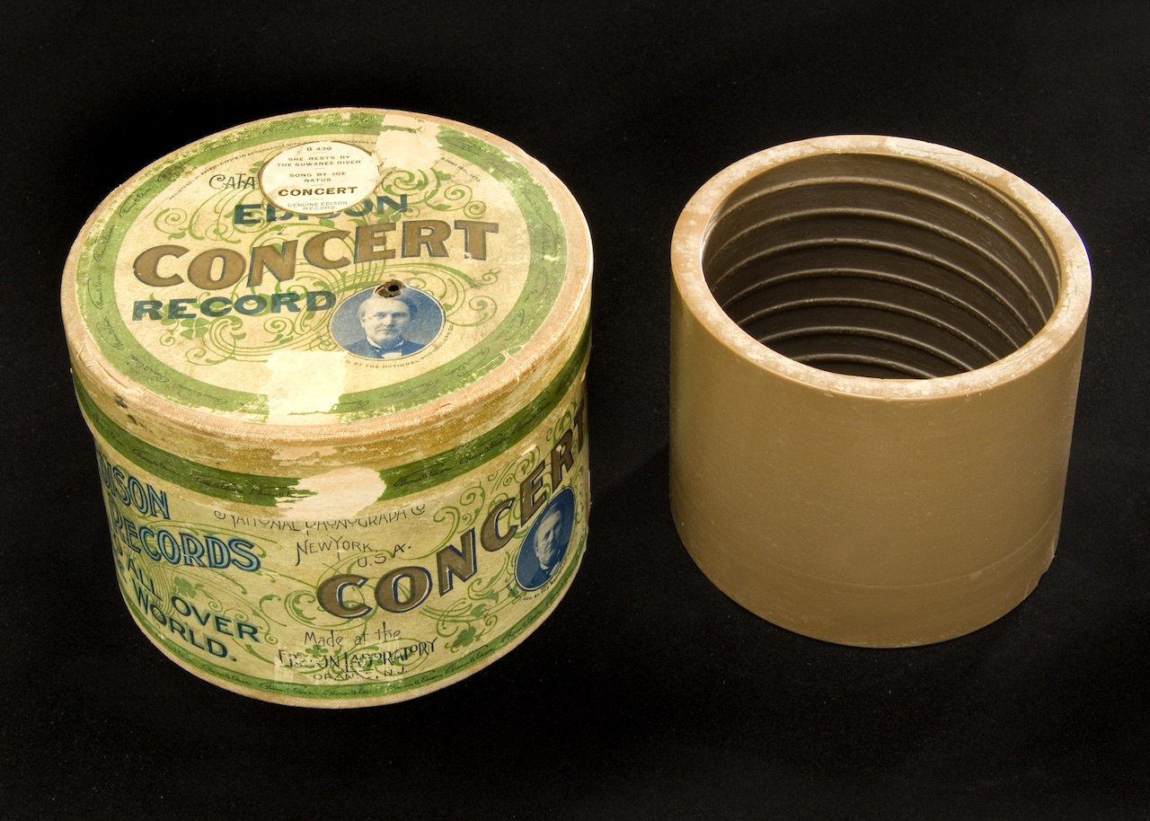 """Brown wax-era cylinder featuring """"Beau Ideal"""" by Edison Concert Band (1898 or 1899) (all photos courtesy UC Santa Barbara Library. Dept of Special Collections)"""