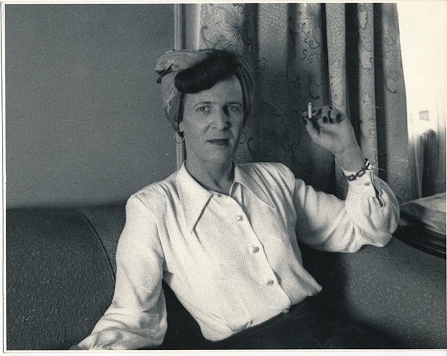 Kinsey Inst, Louise Lawrence with cigarette
