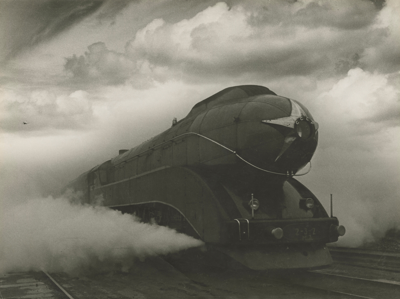 Arkady Shaikhet, Express, 1939, gelatin silver print. Nailya Alexander Gallery, New York. Artwork © Estate of Arkady Shaikhet / courtesy of Nailya Alexander Gallery.