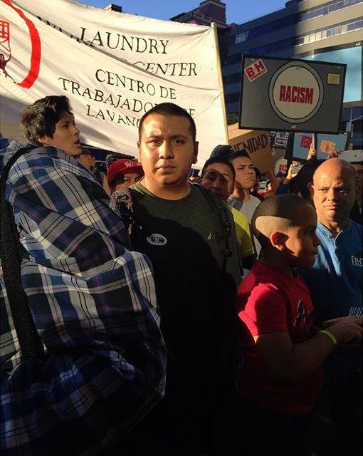 B&H workers demonstrating (photo by @angel_luis_morales/Instagram)