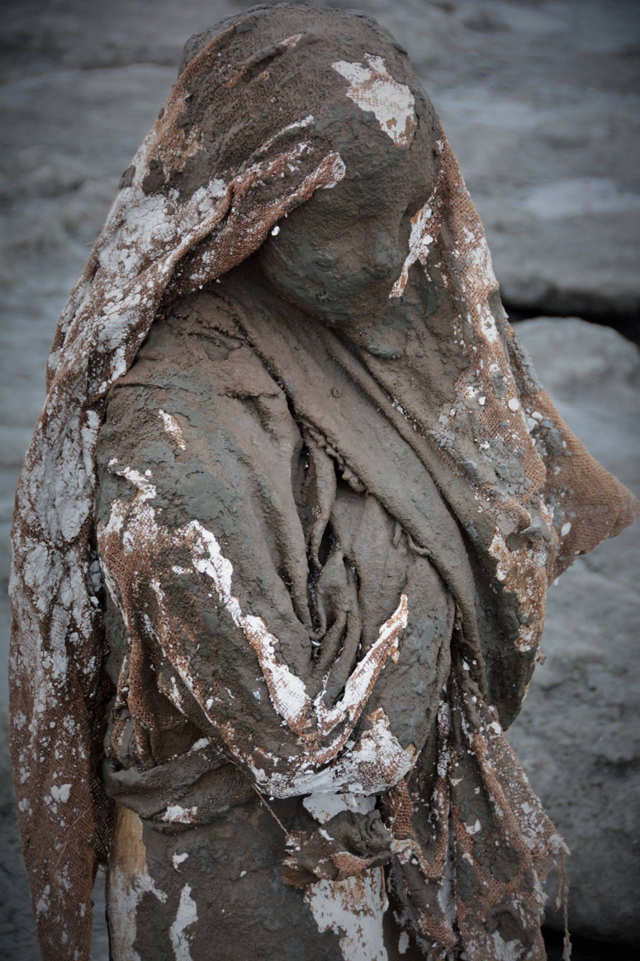 Detail of a cast figure (photo by Sarah Davies) (click to enlarge)