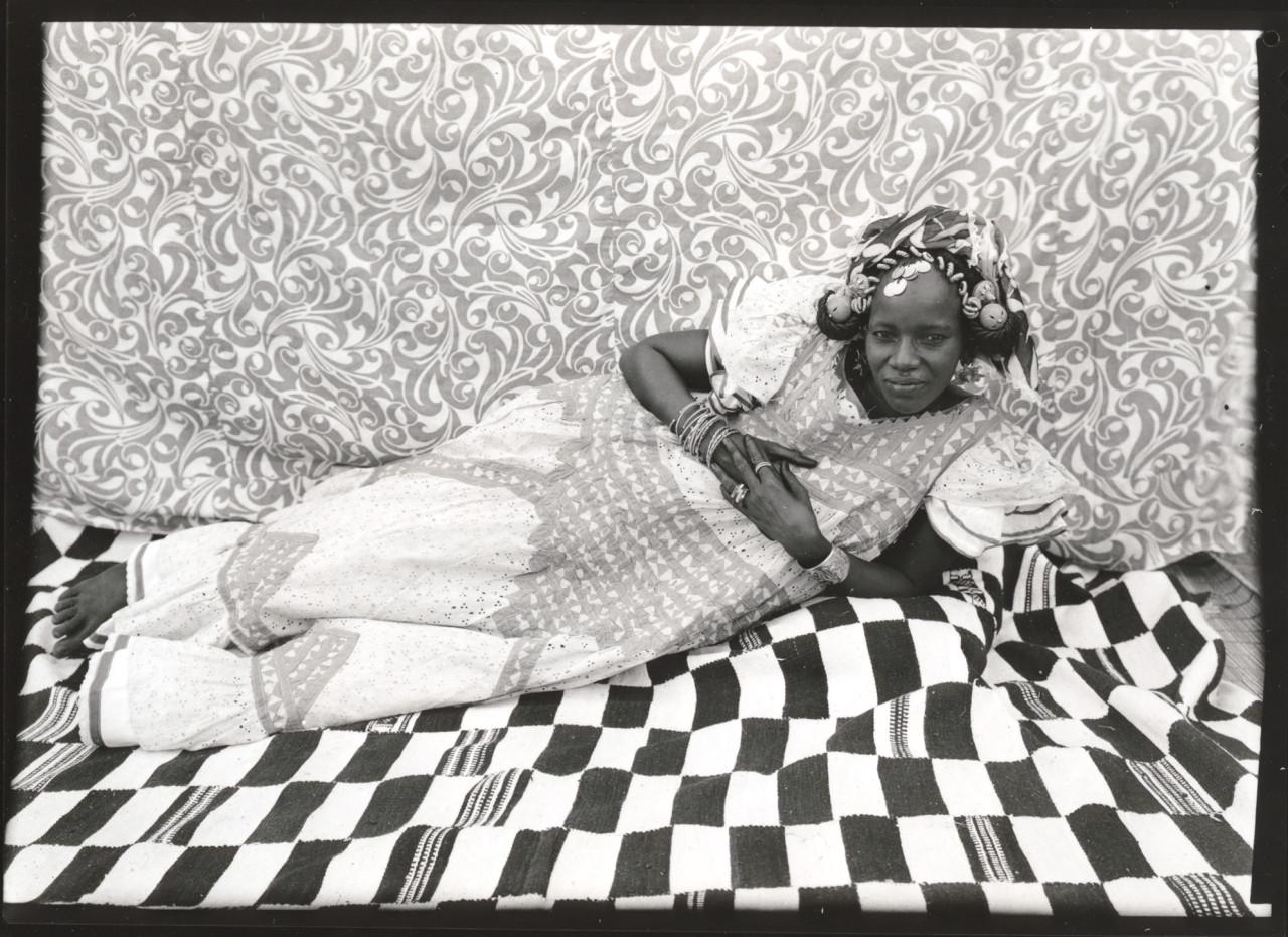 Seydou Keïta (Malian, 1921/23 – 2001) Reclining Woman, 1950s-1960s Gelatin silver print, 1975 5 x 7 in (13 x 19 cm) Gift of Susan Mullin Vogel, 2015 ©Keïta/SKPEAC