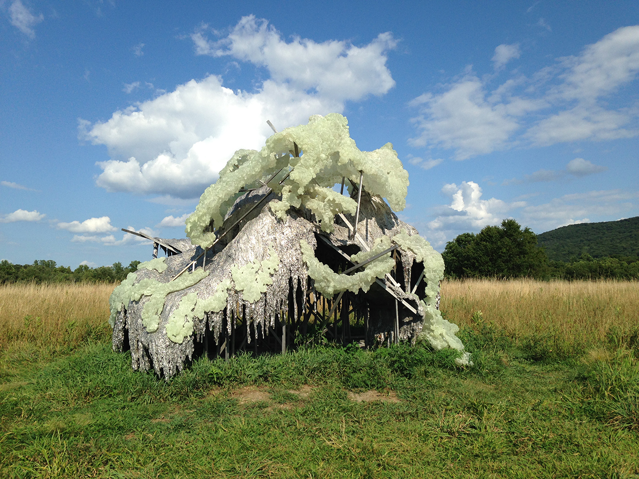 "Lynda Benglis's ""Hill and Clouds"" (2014) at Storm King Art Center (photo by Jillian Steinhauer/Hyperallergic)"
