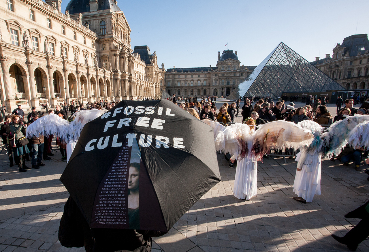 Protesters in front of the Louvre