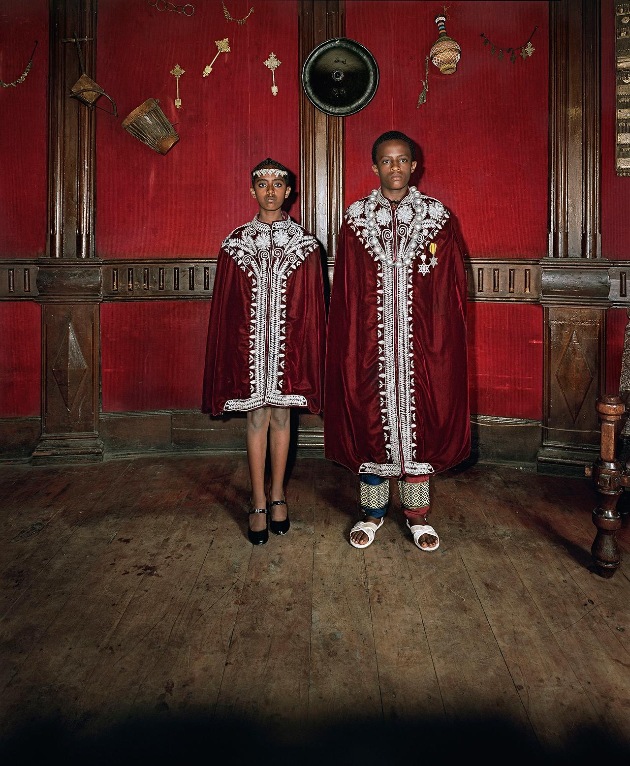 """Deana Lawson, """"Kingdom Come, Addis Ababa, Ethiopia"""" (2014) (© Deana Lawson, courtesy Rhona Hoffman Gallery, Chicago)"""