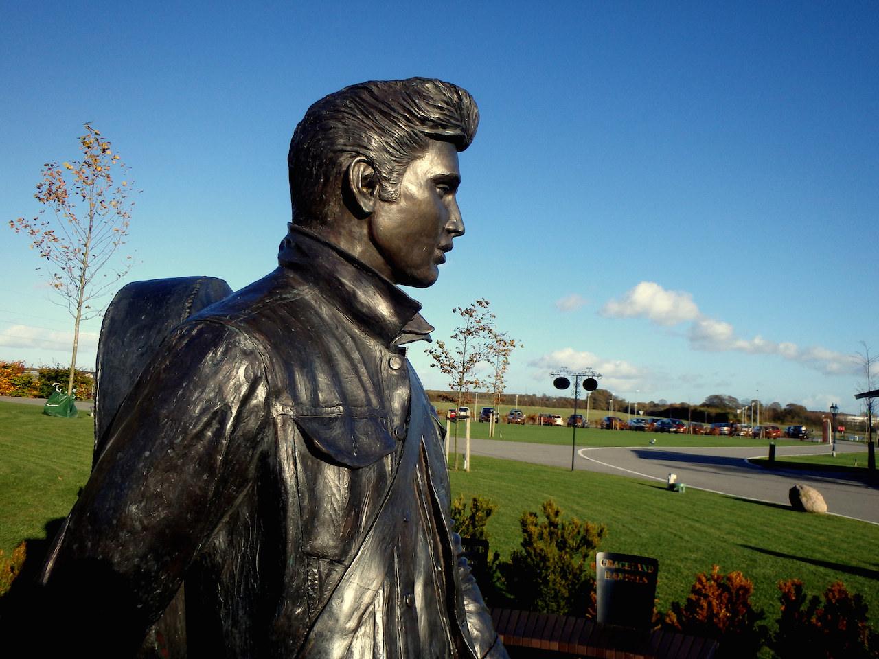 "A statue of Elvis Presley outside Memphis Mansion (formerly Graceland Randers) in Randers, Denmark (photo by <a href=""https://flic.kr/p/A5zecP"">Insights Unspoken/Flickr</a>)"