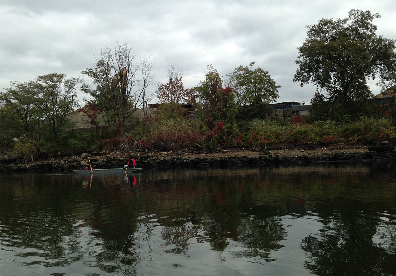 Artists Dylan Gauthier and Aviva Rahmani on Newtown Creek (click to enlarge)