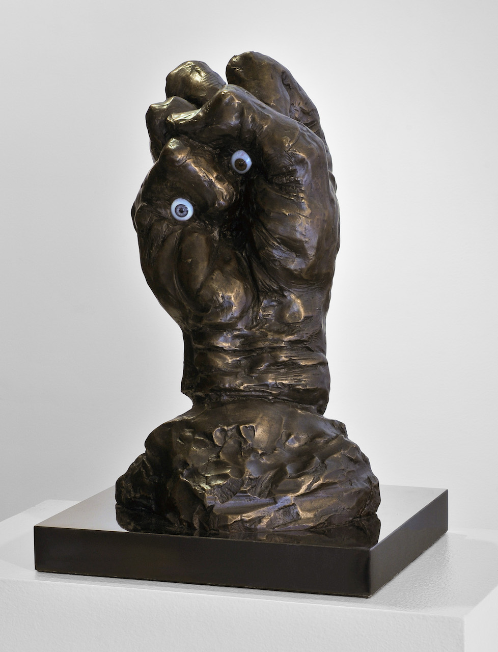 """Enrico Donati, """"Fist,"""" which is in the """"Magic Circle"""" of the 1948 photograph and the reinterpretation at the 'Language of the Birds' (courtesy Pam Grossman)"""