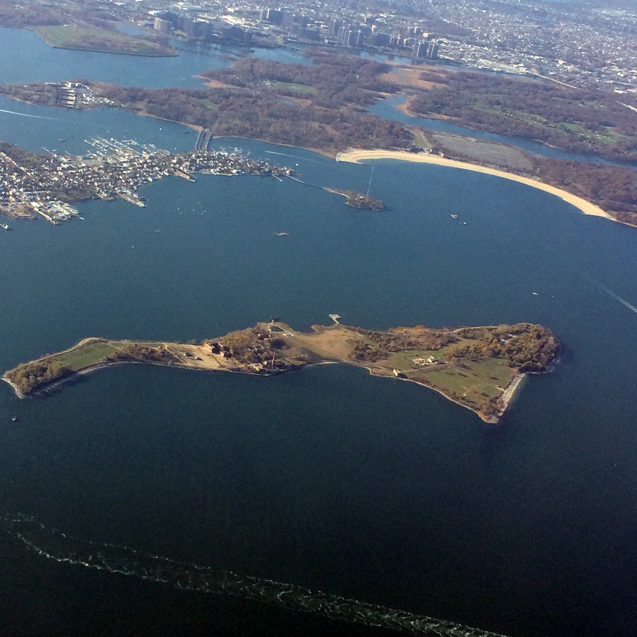 Aerial view of Hart Island (photo by the author for Hyperallergic)