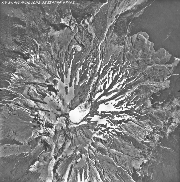Aerial Photograph of Mount Saint Helens, Washington (9/28/1946) (via Records of the Defense Intelligence Agency/National Archives)