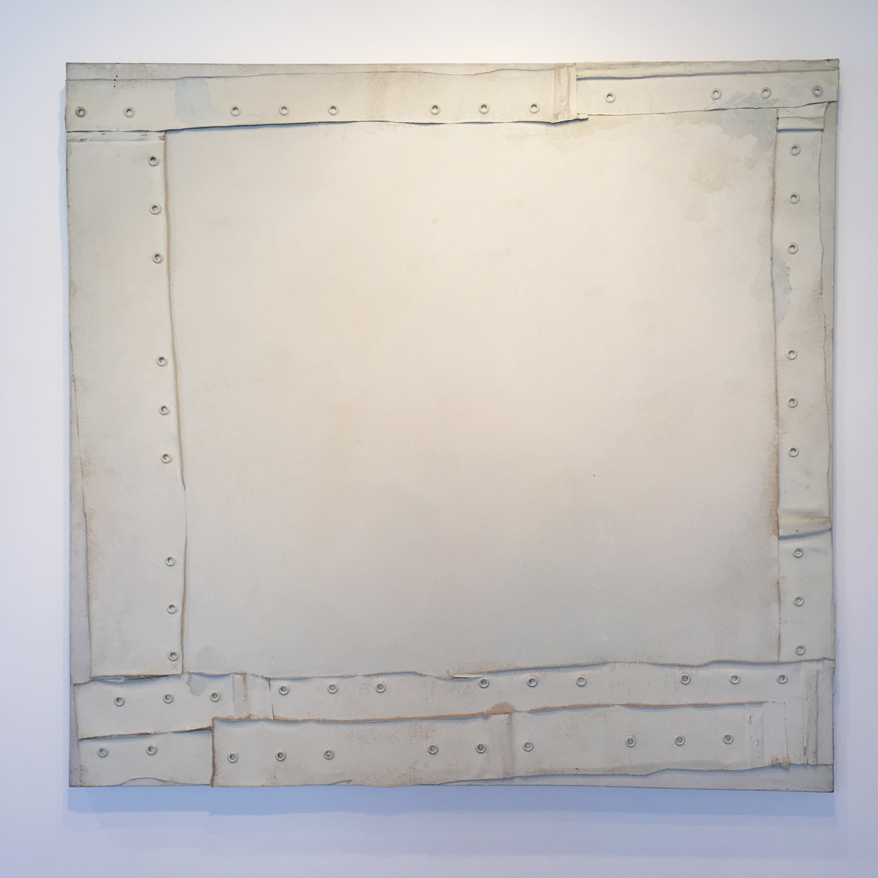 """""""Untitled"""" (1972), Oil, gesso, canvas, collage, and metal on canvas, 64.75 x 68 in. (Image courtesy the author for Hyperallergic)"""