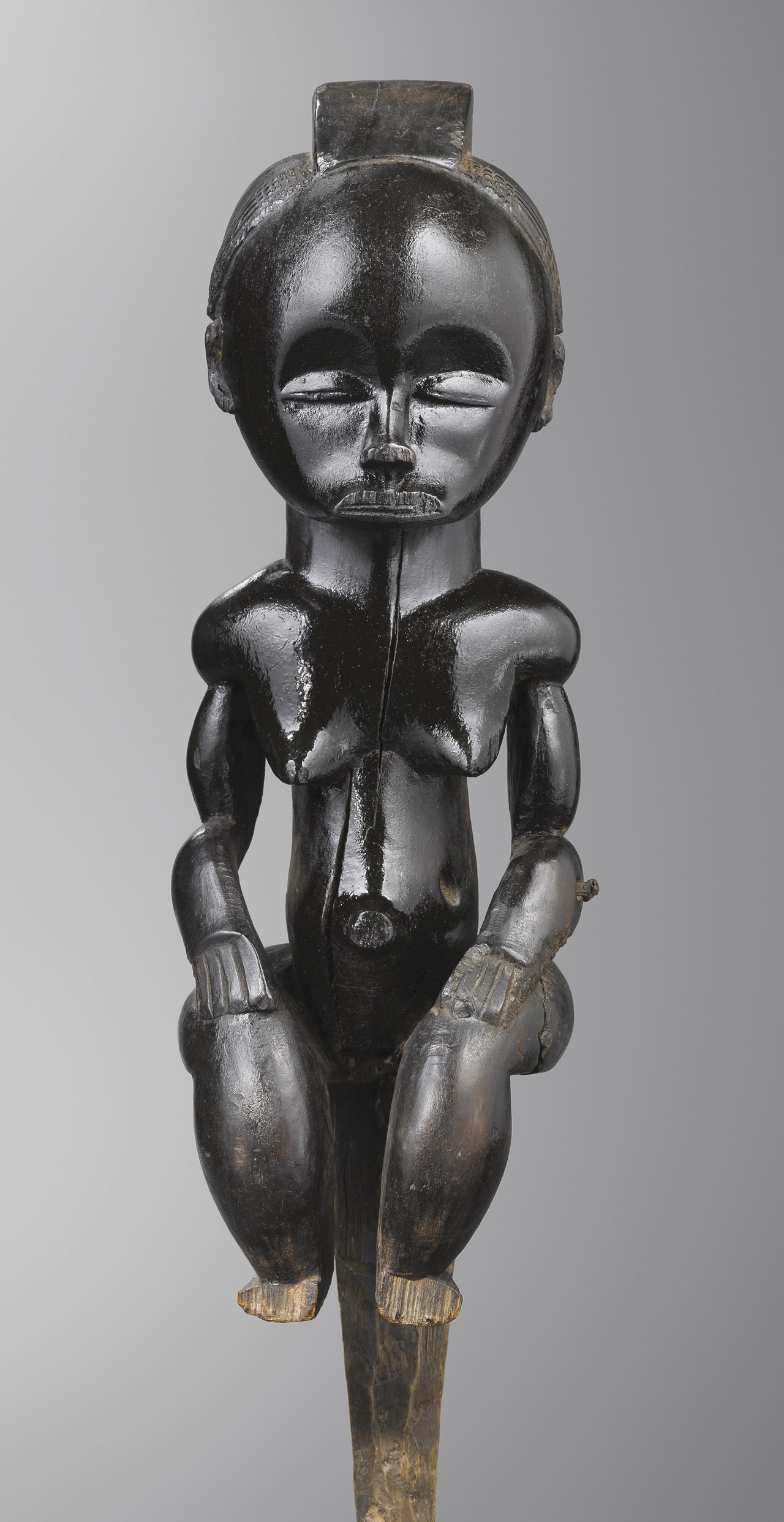 """Fang peoples, Betsi group (Gabon or Equatorial Guinea), """"The Black Venus"""" (aka """"eyema byeri"""" and """"Pahouin Venus,"""" 19th century) (© and rights reserved Musée Dapper, Paris)"""