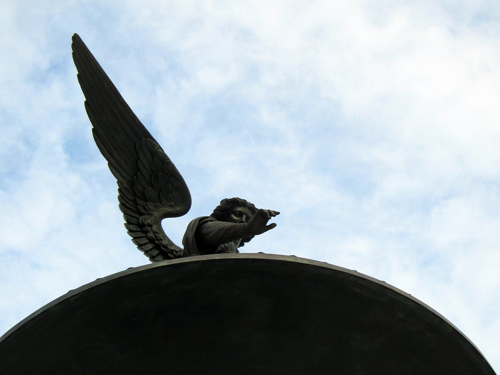 """""""Angel of the Waters"""" by Emma Stebbins at Bethesda Fountain in Central Park (photo by the author for Hyperallergic)"""