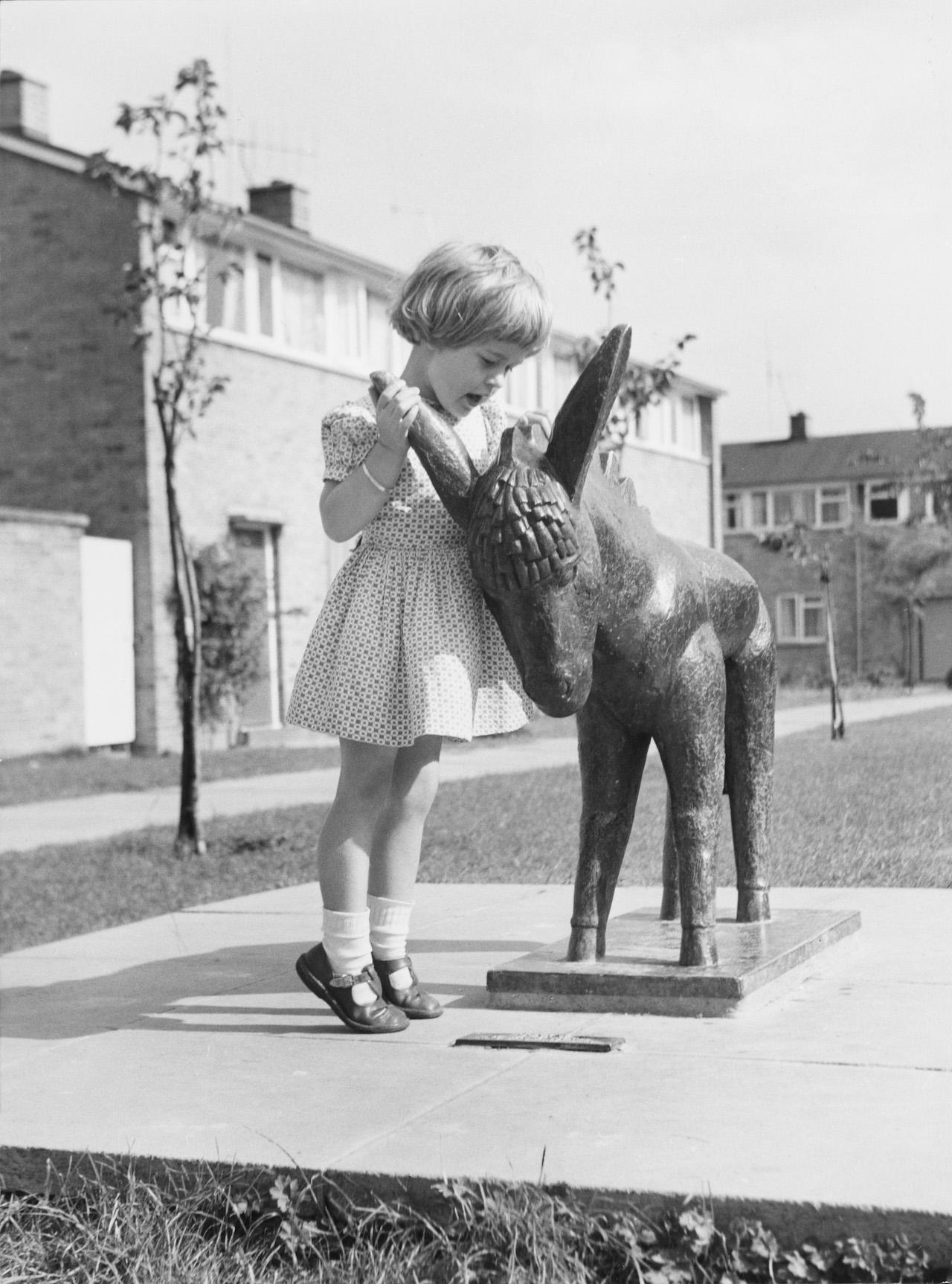 donkey sculpture © Harlow Arts Trust