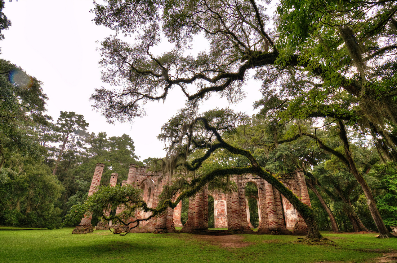 Sheldon Church Ruins in Beaufort County, South Carolina (photo by MFer Photography/Flickr)
