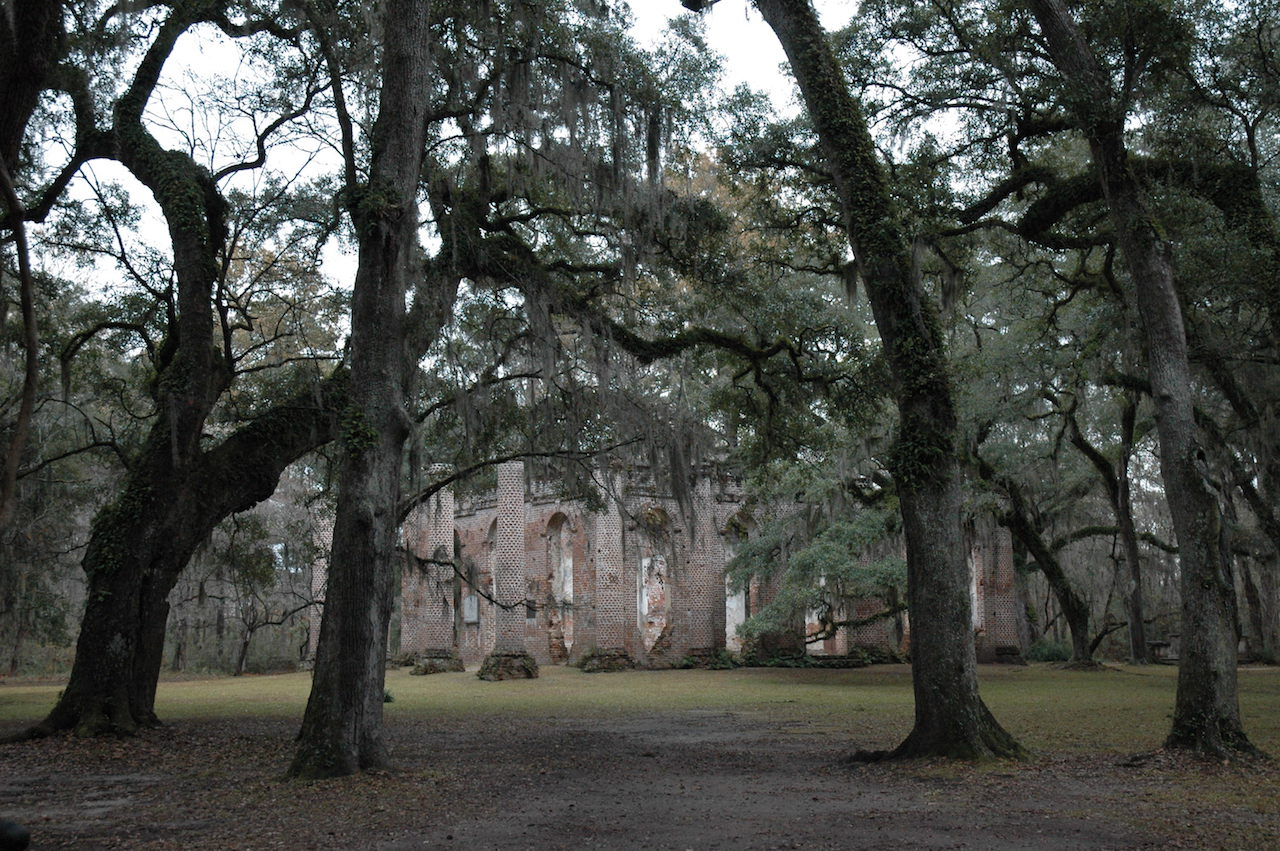 Sheldon Church Ruins in Beaufort County, South Carolina (photo by Desiree Williams/Flickr)