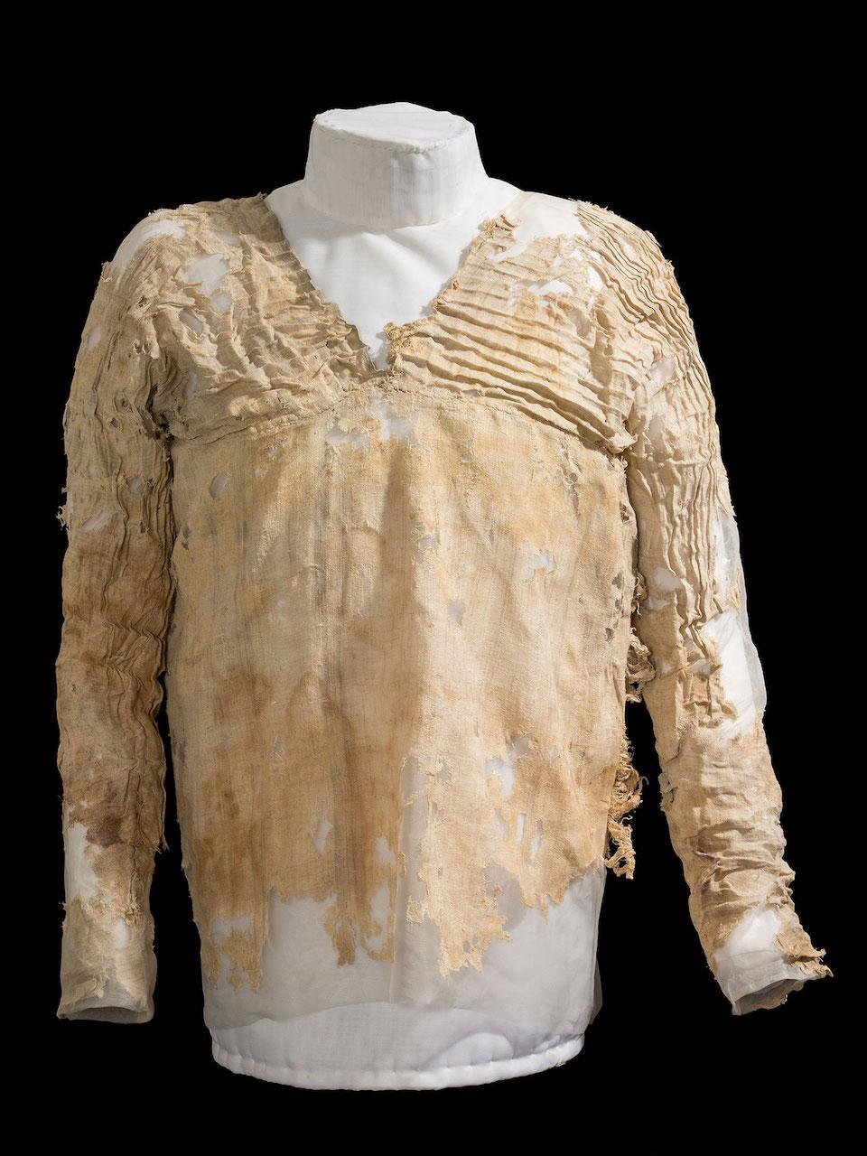 The Tarkhan Dress (courtesy Petrie Museum/UCL)