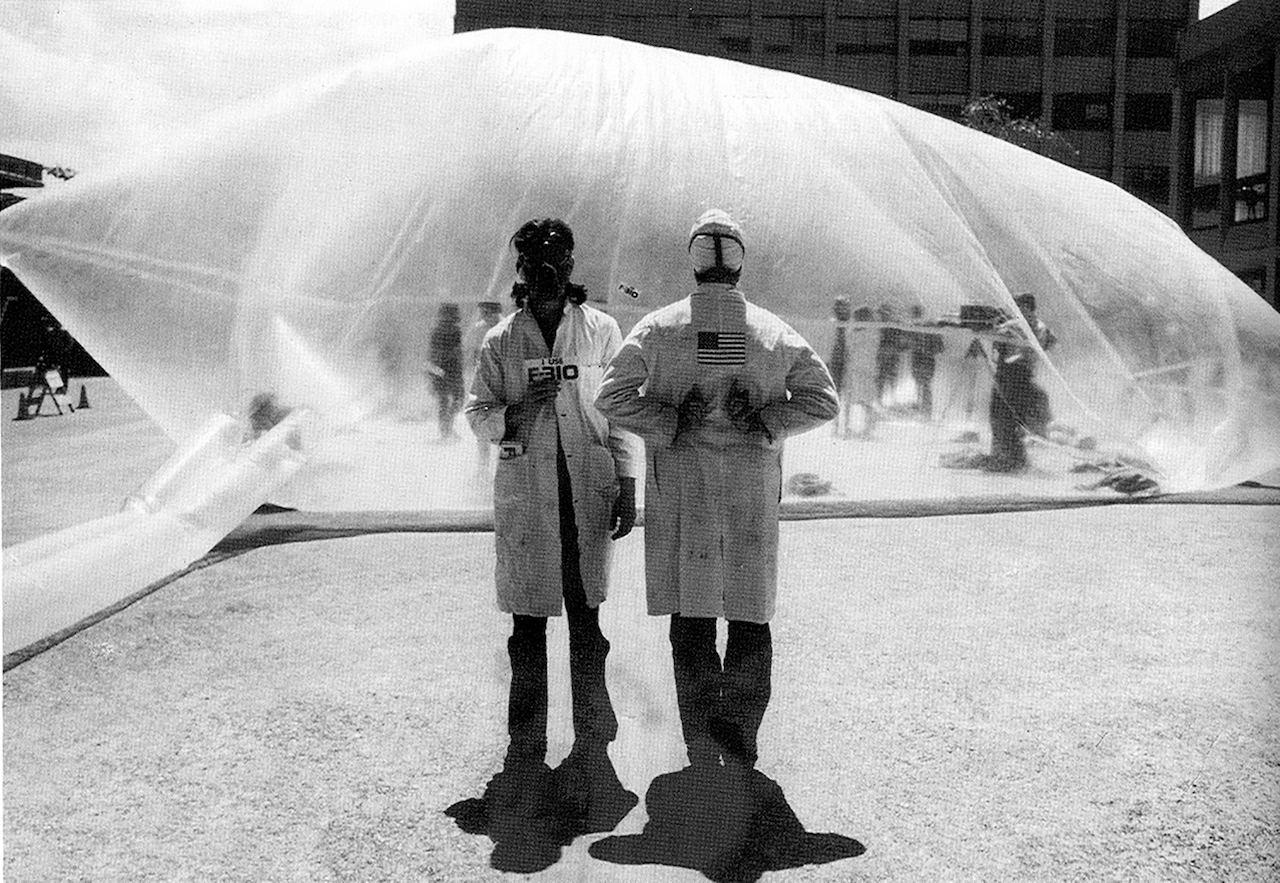 """Antfarm, """"Clean Air Pod"""" (1970) in Berkeley, California from 'Closed Worlds' at Storefront for Art and Architecture (courtesy Storefront for Art and Architecture)"""