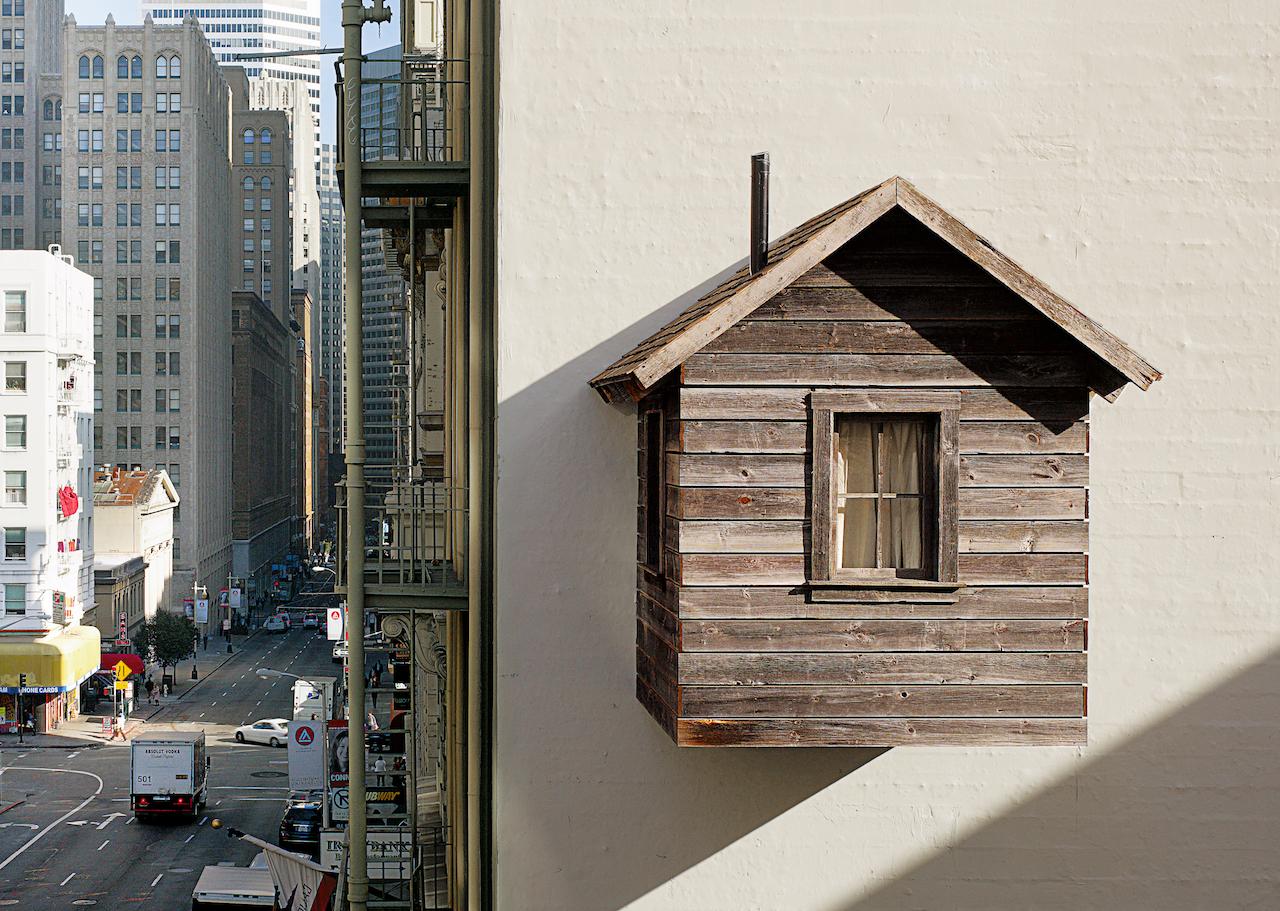 "Mark Reigelman II and Jenny Chapman, ""Manifest Destiny!"" (2012) in San Francisco, USA (photo by Cesar Rubio, all images courtesy Phaidon)"