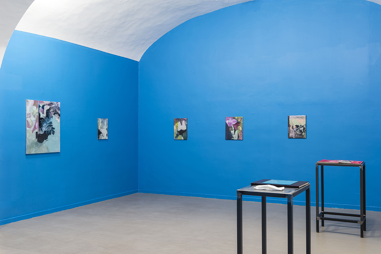 Installation view, 'Alessandro Roma: One foot in the world and the other one in the stillness' (2016) at Sara Zanin Gallery (photo by Sebastiano Luciano, courtesy z2o Sara Zanin Gallery)