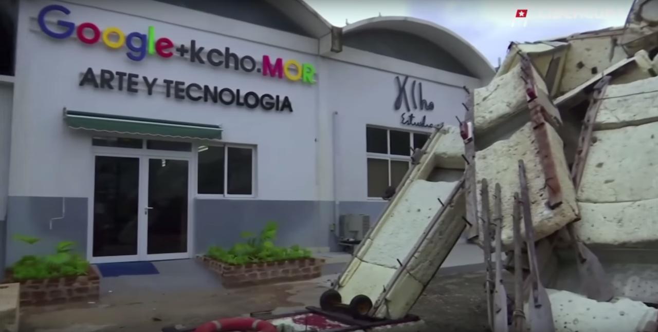 Kcho's studio in Cuba (screenshot via AGENCIA EFE/YouTube) (click to enlarge)