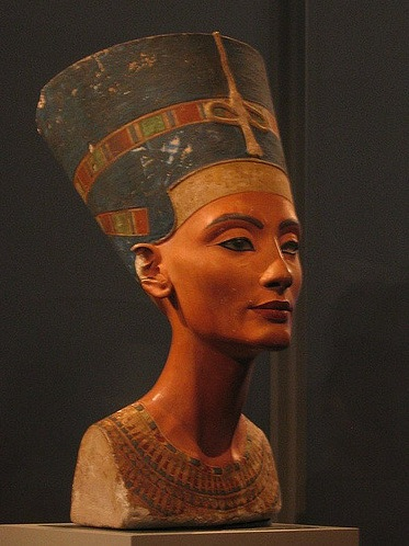 The bust of Nefertiti in the Altes Museum before her move to the Neues Museum (photo by Allison Meier) (click to enlarge)