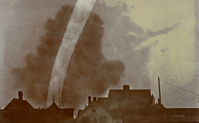 Post image for 19th-Century Storm Chasers Took the First Tornado Photographs