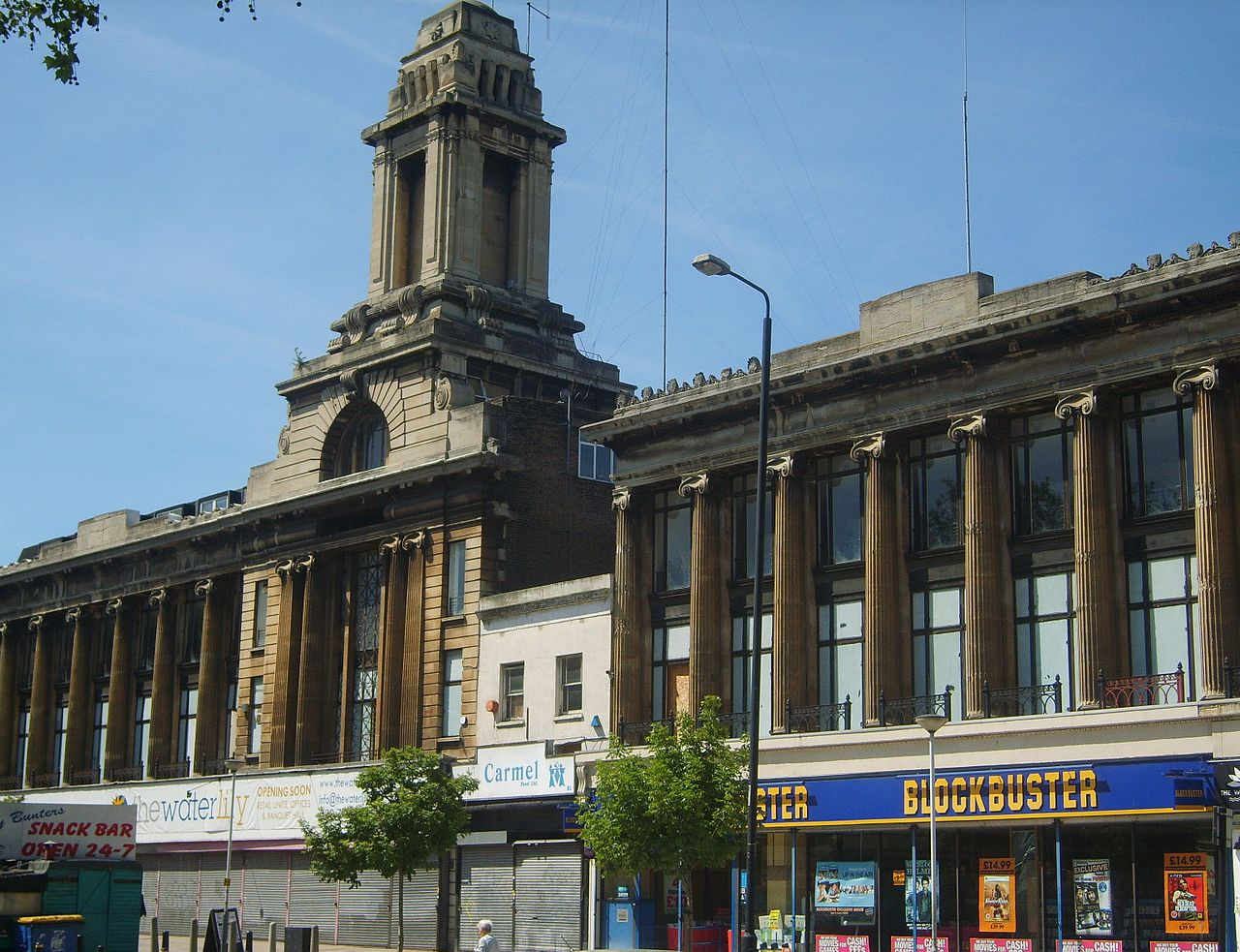 Wickham's Department Store in London, with its building broken up by a holdout (photo by SilkTork/Wikimedia)