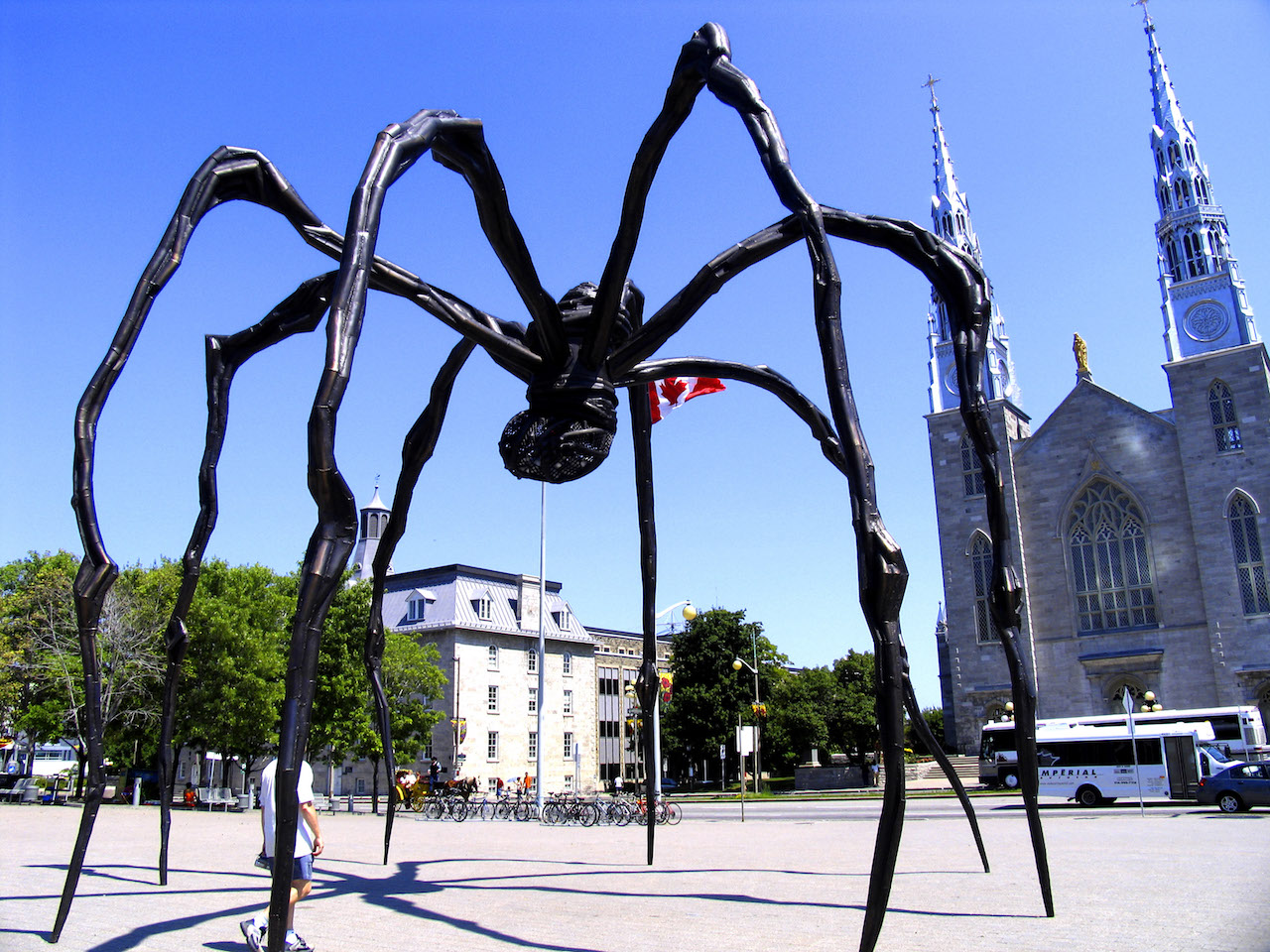 """Louise Bourgeois' """"Maman"""" at the National Gallery of Canada (image via Wikipedia)"""