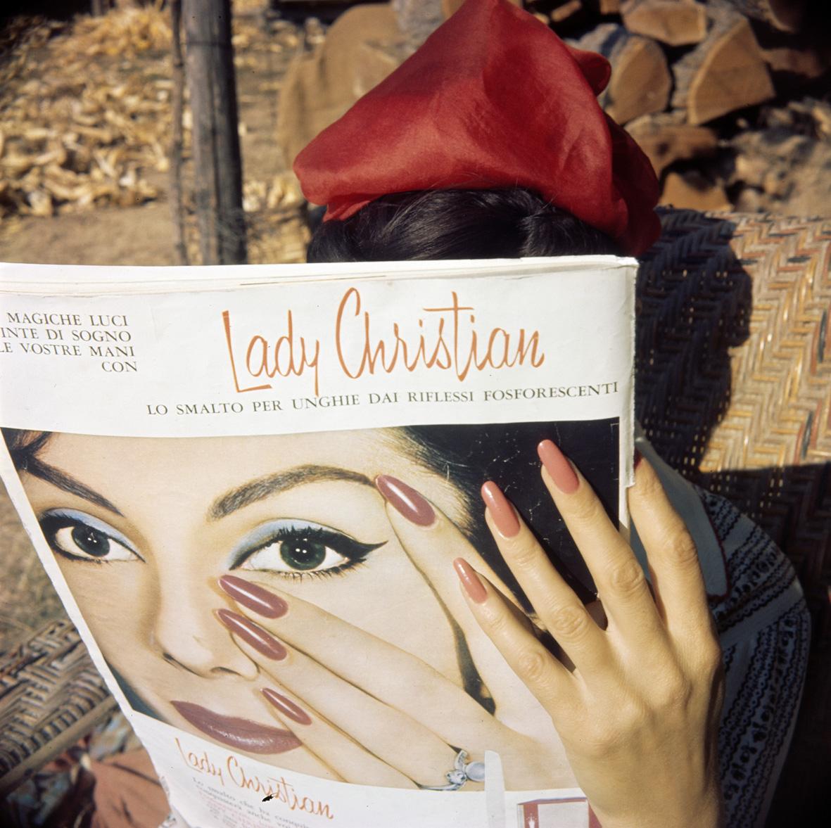 """Jacques Henri Lartigue, """"Le Mains de Florette, Brie le Neflier, 1961,"""" published in 'Lartigue, Life in Color,' Abrams, September 2015 (© Ministère de la Culture - France / AAJHL, courtesy Hyperion Press Ltd., New York)"""