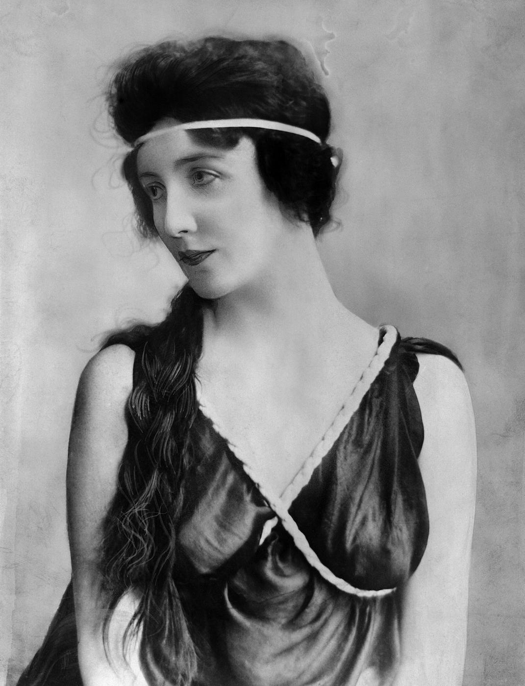 Audrey Munson (June 7, 1922) (© Bettmann/CORBIS)