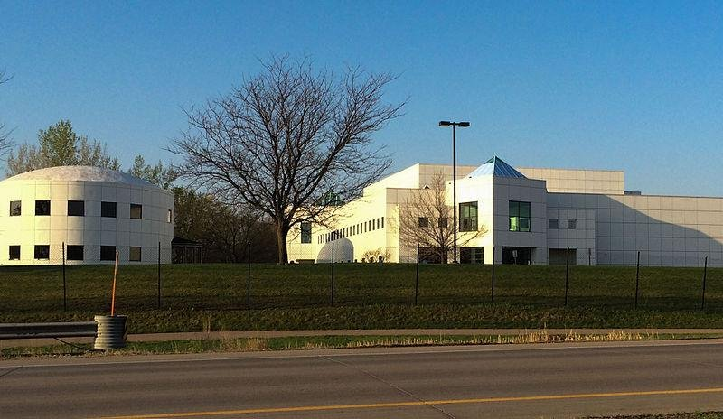 """Prince's Minnesota home and studio is known as """"Paisley Park."""" (Bobak Ha'Eri via Wikimedia Commons) Read more: http://www.smithsonianmag.com/smart-news/princes-paisley-park-studios-will-become-museum-180958920/#o3o20tPkoShGRfKY.99 Give the gift of Smithsonian magazine for only $12! http://bit.ly/1cGUiGv Follow us: @SmithsonianMag on Twitter"""