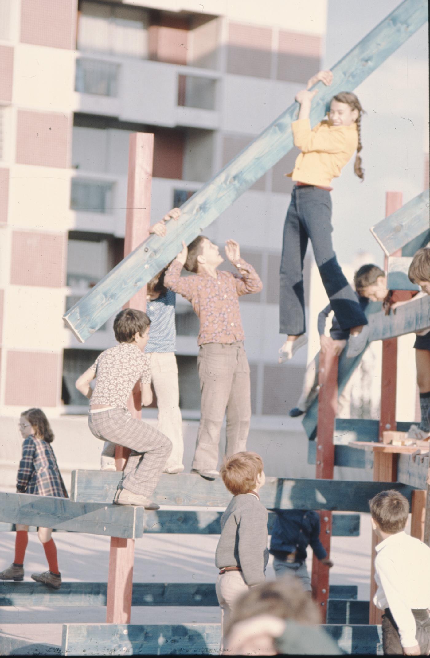 Group Ludic, Workshop, Foyer Réimois, Reims, France (1973) (courtesy of Xavier de la Salle)