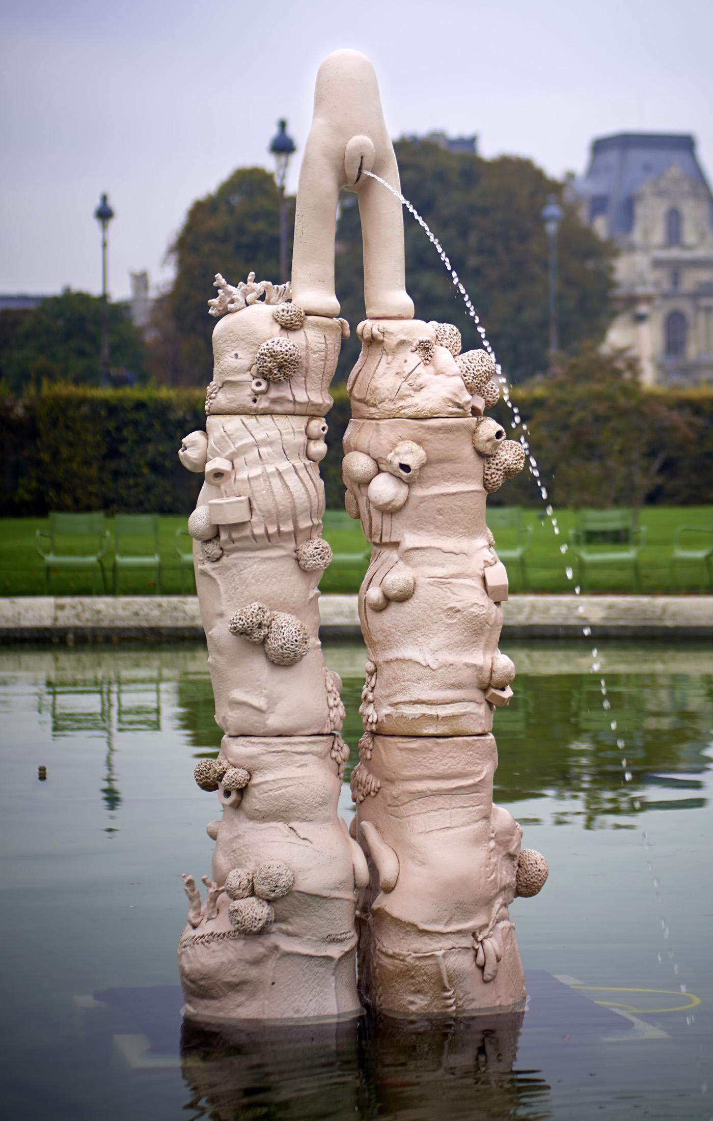 "Elsa Sahal, ""Fontaine"" (2012), ceramic, hydraulic system (courtesy Galerie Claudine Papillon)"