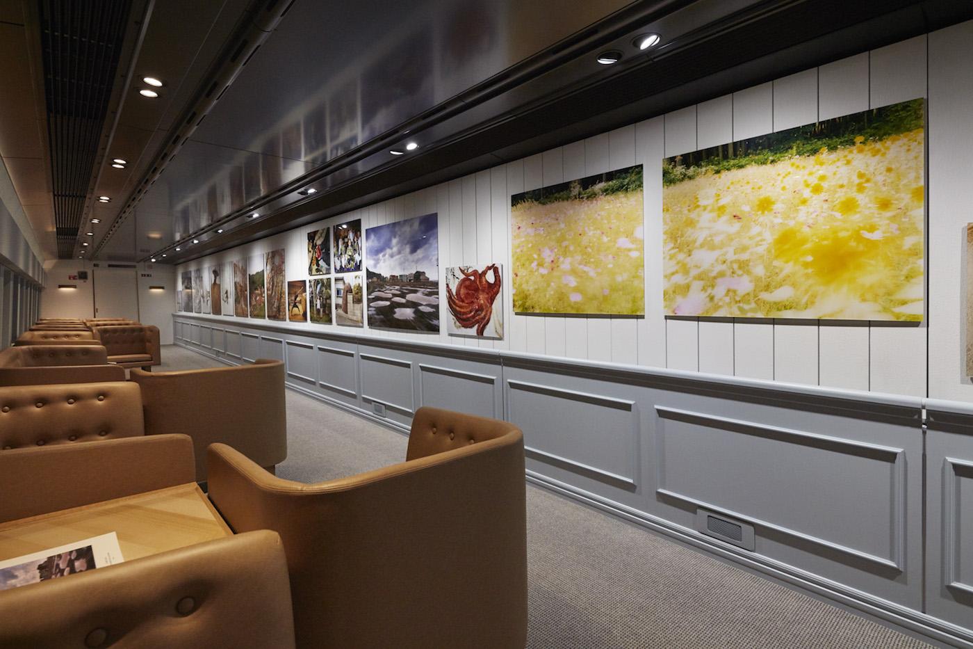 Works by Naoki Ishikawa aboard the Genbi Shinkansen (photo by Anson Smartto, courtesy Genbi Shinkansen)