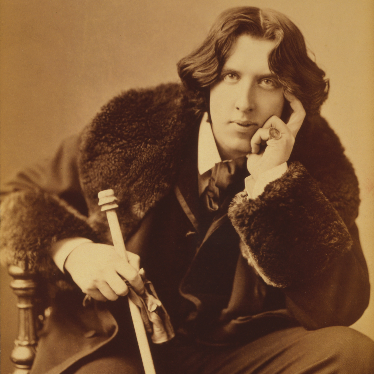 wilde essays It's a little gem of an essay: perceptive, funny, and interesting first and foremost,  wilde creates a taxonomy of london models, a list ofâ types.