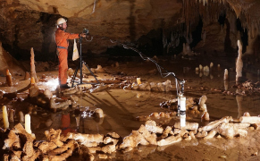 Post image for 175,000-Year-Old Cave Structures Suggest Neanderthals Were Quite Advanced