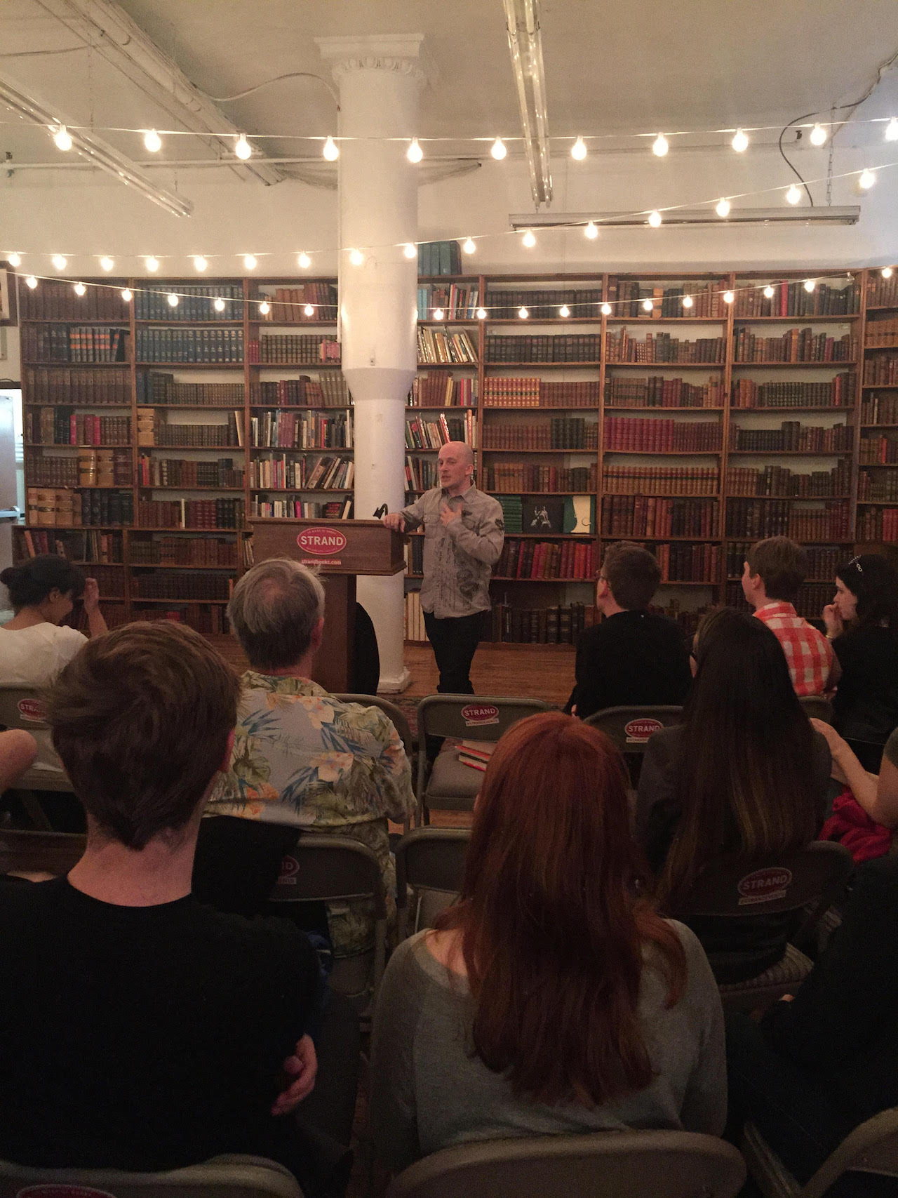 Geoffrey Klock lectures about Oscar Wilde (photo by author for Hyperallergic)