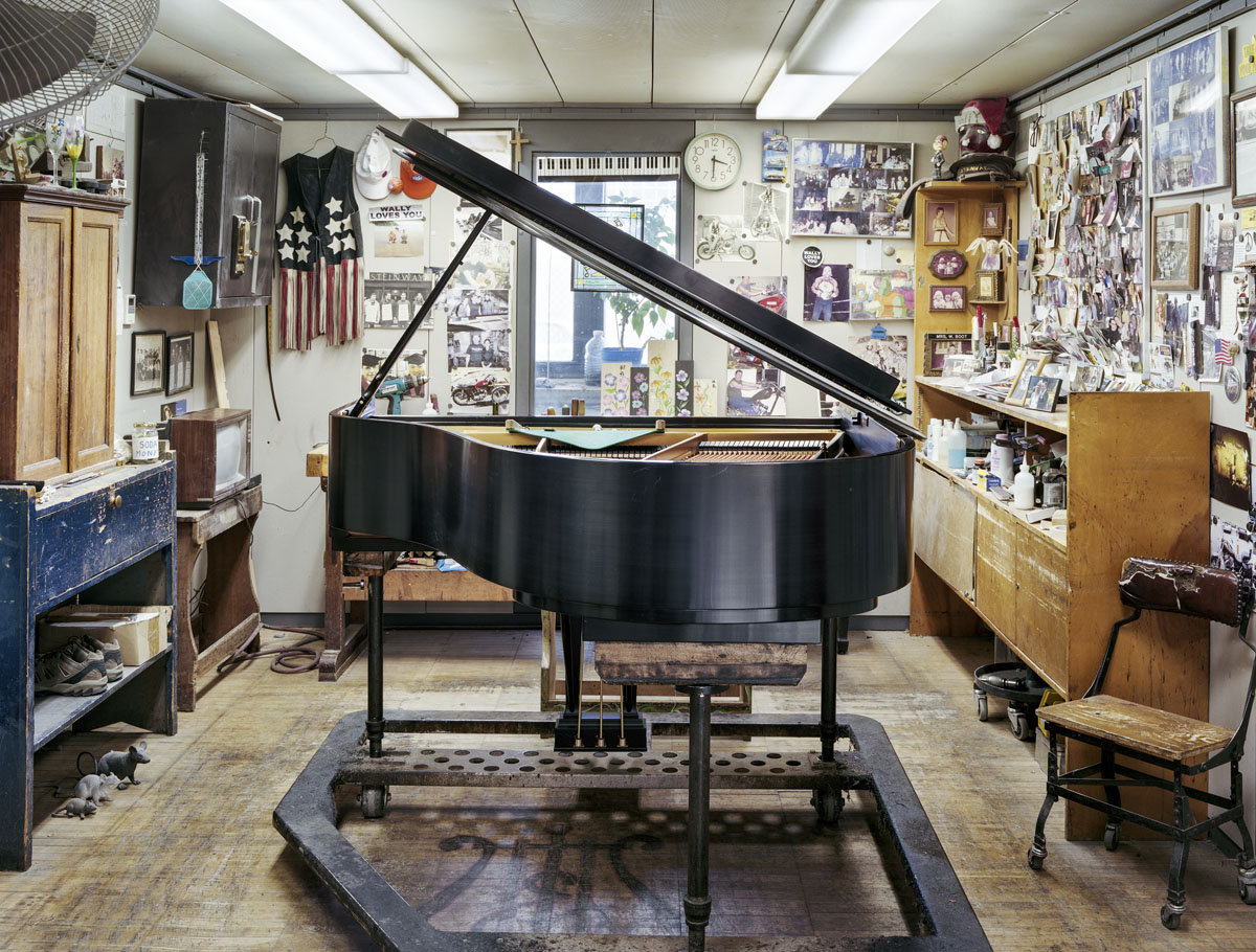Photograph from 'Making Steinway' (2011-15) (© Christopher Payne)