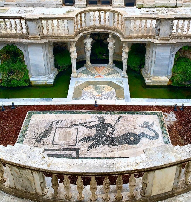 The newly restored nymphaeum of Villa Giulia (image via @erybin/Instagram)