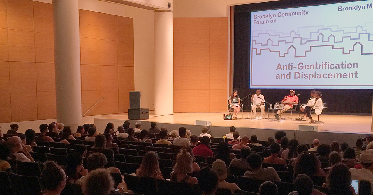 Panel discussion during the Brooklyn Community Forum on Anti-Gentrification and Displacement, Brooklyn Museum, July 24, 2016. (Photo by Hrag Vartanian for Hyperallergic.)