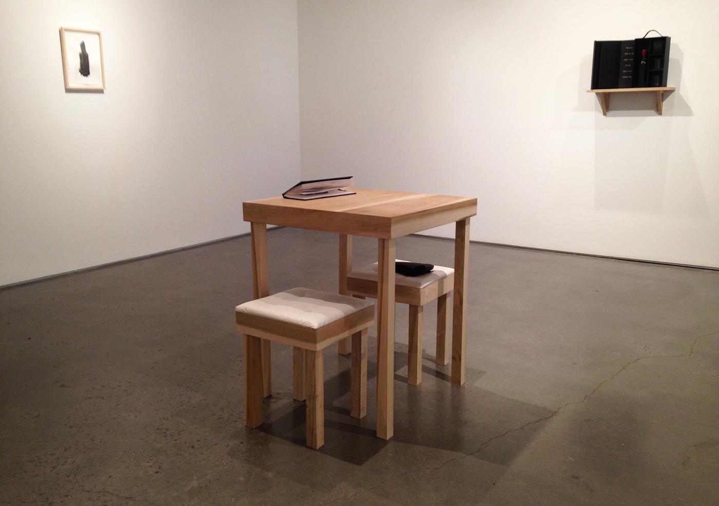 The drinking table, empty between pairs of participants