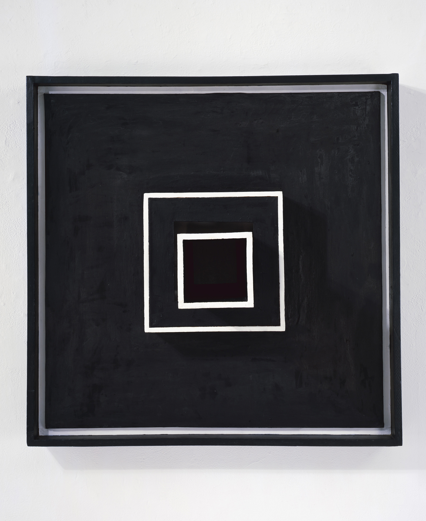 """Sol LeWitt, """"Wall Structure Black"""" (1962) (photography by Ellen Page Wilson, copyright LeWitt Estate and Artists Rights Society (ARS), New York"""