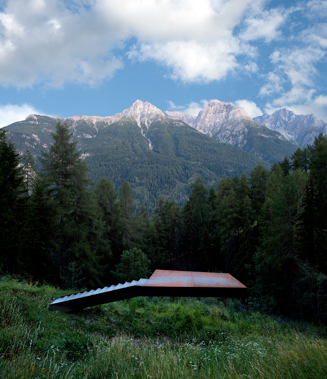 Not Vital, Büna libra (2011), Fundaziun Not Vital, Switzerland, © Eric Gregory Powell/Courtesy Fundaziun Not Vital/Outdoor Art, Prestel 2015
