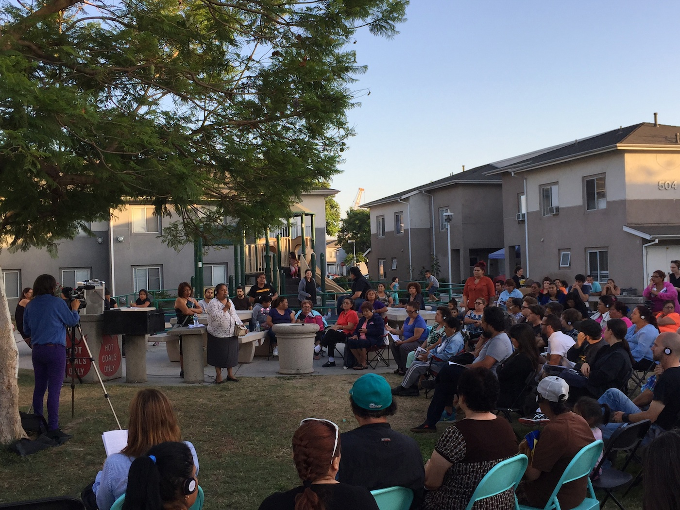 Community Forum held at Pico Gardens on July 12 (all photos by the author for Hyperallergic)