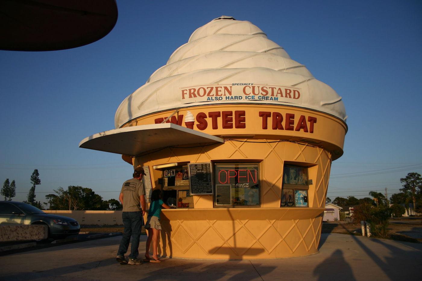 Twistee Treat in San Carlos Park, Florida (photo by Kai Schreiber/Flickr)