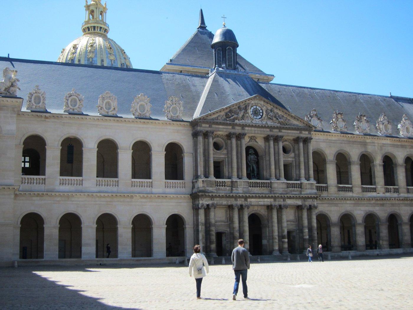 Musée de l'Armée in Paris (photo by the author for Hyperallergic)