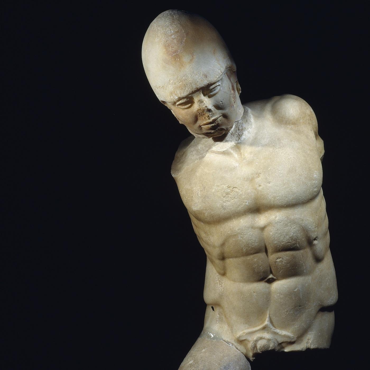Marble statue of warrior, Akragas, Sicily (ca 470 BCE) (Museo Archeologico Regionale di Agrigento © Regione Siciliana)