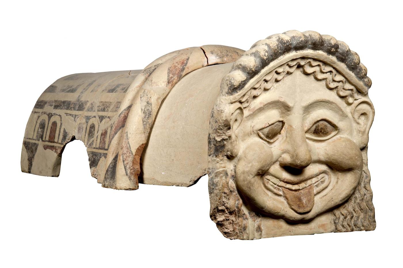 Terracotta roof ornament with head of a gorgon, Gela, Sicily (ca 500 BCE) (Museo Archeologico Regionale Di Agrigento © Regione Siciliana)