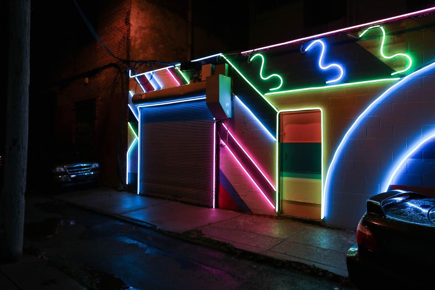 Led Street Art Lights Up A Dark Dodgy Alley In Philadelphia